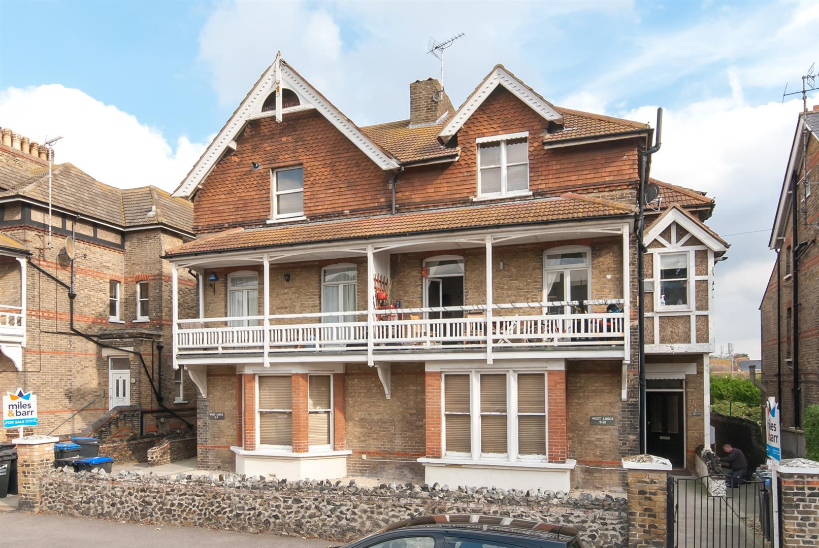 1 Bedroom Flat for sale in Roxburgh Road, Westgate-On-Sea